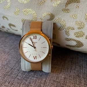 Fossil rose gold tone watch